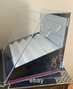 BROWNING Knife Lucite Counter Top Store Display Case Advertising For Your Knives