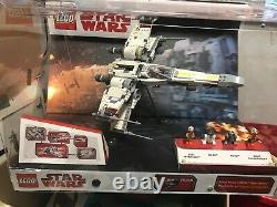Lego Light Up Store Display 75218 X-Wing Starfighter Set Damaged Casing