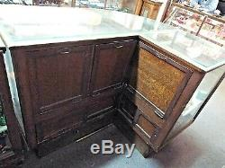 Old Antique WILMARTH CIGAR General STORE DISPLAY CASE SHOWCASE Curved Glass OAK