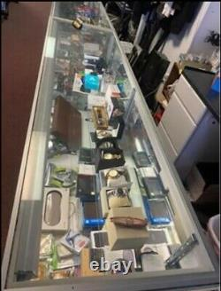 Store Showcases/Display Cases 70x20x39 With Lights & 3 Shelves. EUC PICK UP